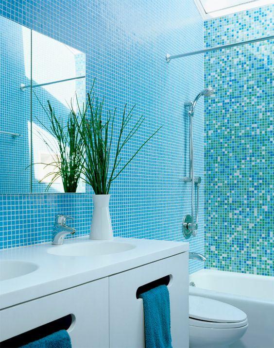 banheiros decorados com pastilha