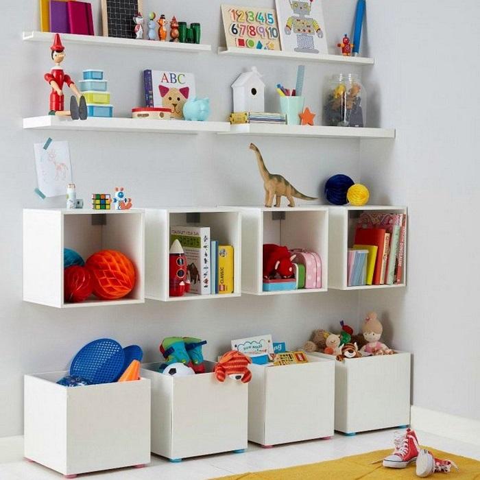 prateleiras e nichos para brinquedos