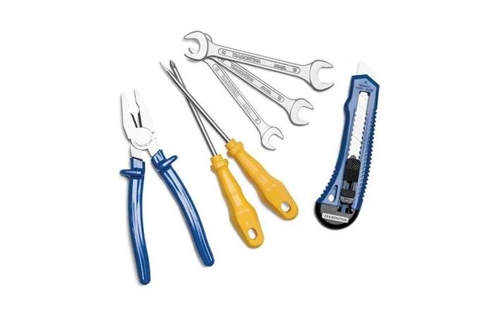 kit de ferramentas com estilete