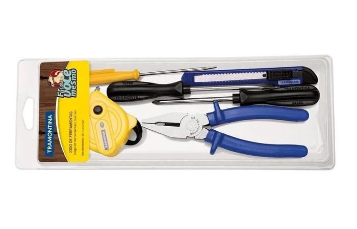 kit de ferramentas com trena